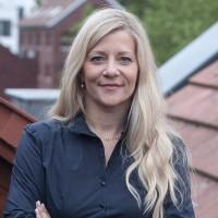 Dr. Johanna Sonnenburg
