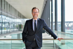 Dr. Andreas Kleinau