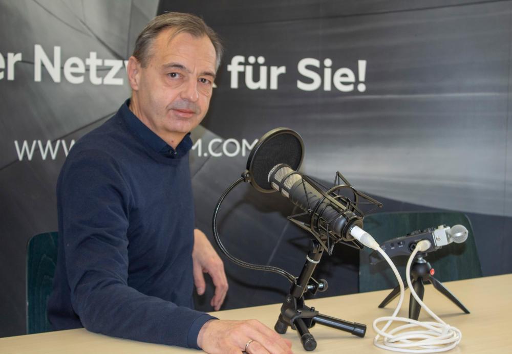 Michael Rücker Immobileros Host