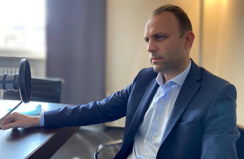 Sebastian Czaja von der FDP Berlin im Immobiléros-Podcast