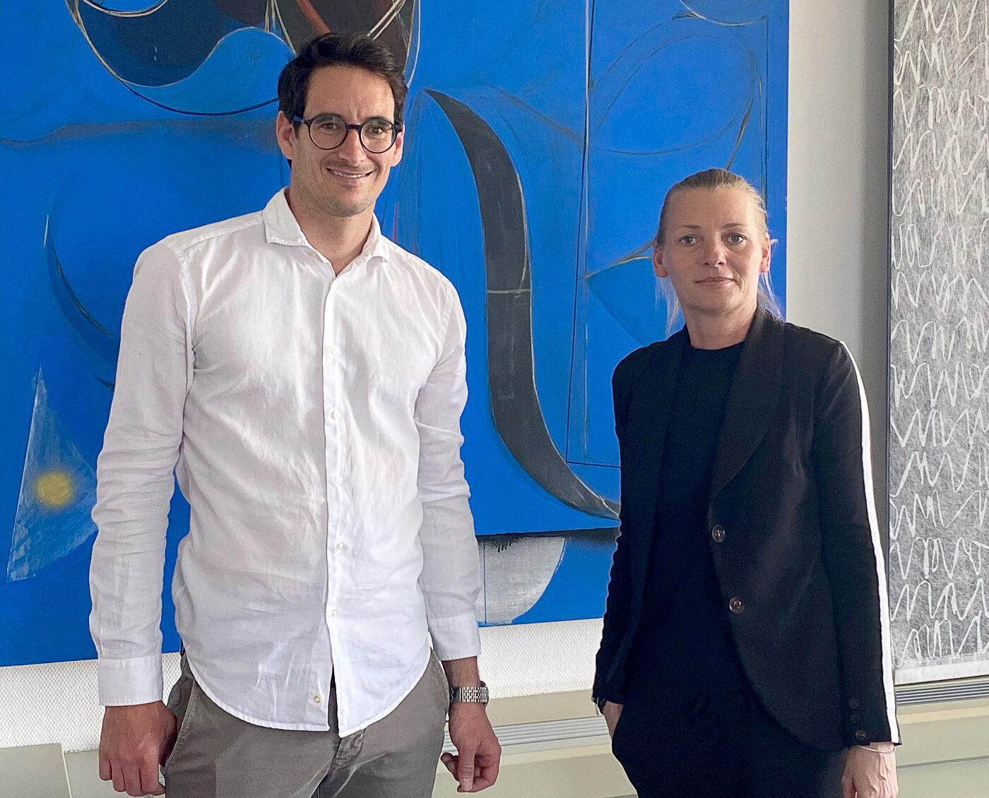 Dr. Thomas Götzen mit Immobiléros Frontfrau Ivette Wagner